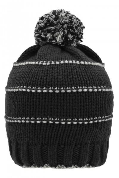 Berretto invernale in maglia con pompon